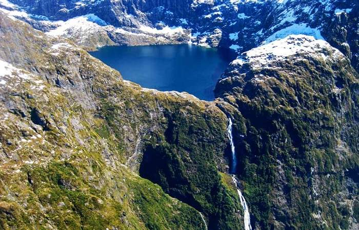 sutherland falls in New Zealand