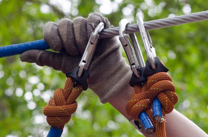 gloves for rappelling